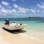 Boston Whaler - Honeymoon Beach