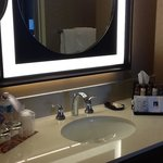 Photo de Sheraton Suites Calgary Eau Claire