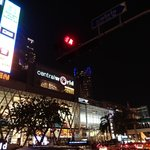 central world de nuit