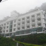 Misty Mountain Resort resmi