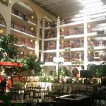 Photo de Embassy Suites Detroit - Livonia/Novi