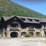 Bear Mountain Inn resmi