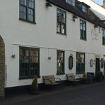 The George at Nunney resmi