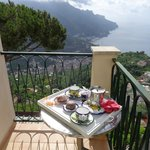 Ravello Apartments resmi