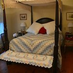 Lovely four poster Queen bed