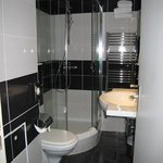 Room 214, separate shower and toilet
