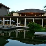 Renaissance Phuket Resort & Spa resmi