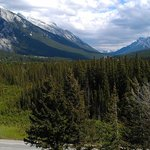 Rundle Mtn. on left and if you look closely you'll see the Banff Springs Hotel right in the midd