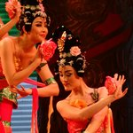 Beautiful women during Tang Dynasty show