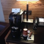 In room coffee machine with 2 complementary capsules (standard room 533)