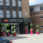 Crowne Plaza - John Lennon Airport Entrance .
