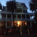 Φωτογραφία: 1843 Battery Carriage House Inn Bed and Breakfast