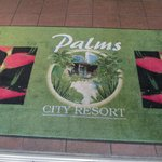 Palms City Resort resmi