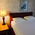 Americas Best Value Inn - Executive Suite Airport resmi