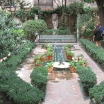 The garden at Sorolla Museum
