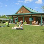 Door County Camping Retreat resmi
