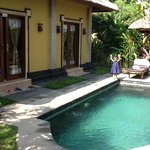 Photo de Tirtarum Villas, Canggu Bali
