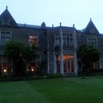 Miskin Manor Hotel and Health Clubの写真