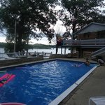 Raccoon Lakeside Lodge의 사진