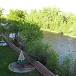 Stagecoach Inn veranda & Salmon River