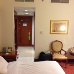 Photo de Holiday Inn Bur Dubai - Embassy District