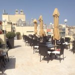 The Plaza & Plaza Regency Hotels의 사진