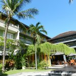 Photo de HARRIS Resort Kuta Beach - Bali