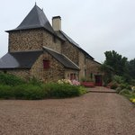 Photo de Manoir Le Courtillon - Chambres d'hotes et gite