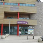 Photo de Premier Inn Caernarfon