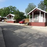 Foto van Hill Country Cottage and RV Resort
