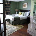 The Plaza Hotel and Suites Eau Claire