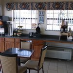 Hi Way Inn Express Hotel & Suites of Atoka