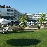 Photo de Constantinou Bros Athena Royal Beach Hotel