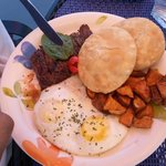 steak, eggs & arepas