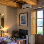 Pietramonti Estate & Country House resmi