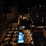 صورة فوتوغرافية لـ ‪Embassy Suites Waikiki Beach Walk‬