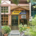 Royal Guest  House resmi