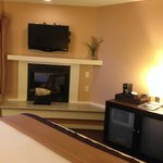 Mariposa Inn and Suites resmi