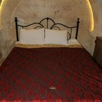 Flintstones Cave Hotel and Pension Foto