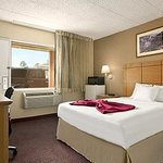 Photo de Travelodge Flagstaff