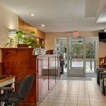 Φωτογραφία: Days Inn and Suites Groton