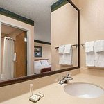 Baymont Inn And Suites Dekalb Sycamore De Kalb