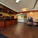 Foto de BEST WESTERN PLUS Rama Inn & Suites