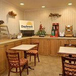 Photo of Days Inn & Suites Collierville