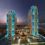 Habtoor Grand Beach Resort & Spa Autograph Collection