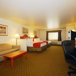 BEST WESTERN Henrietta Inn & Suitesの写真