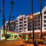 Photo de Courtyard by Marriott Riverside Downtown/ UCR Area