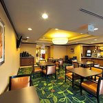 Fairfield Inn Lexington Parkの写真