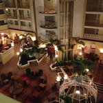 Photo de Embassy Suites Hotel Orlando - North
