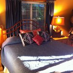 Φωτογραφία: Big Yellow Inn Bed & Breakfast